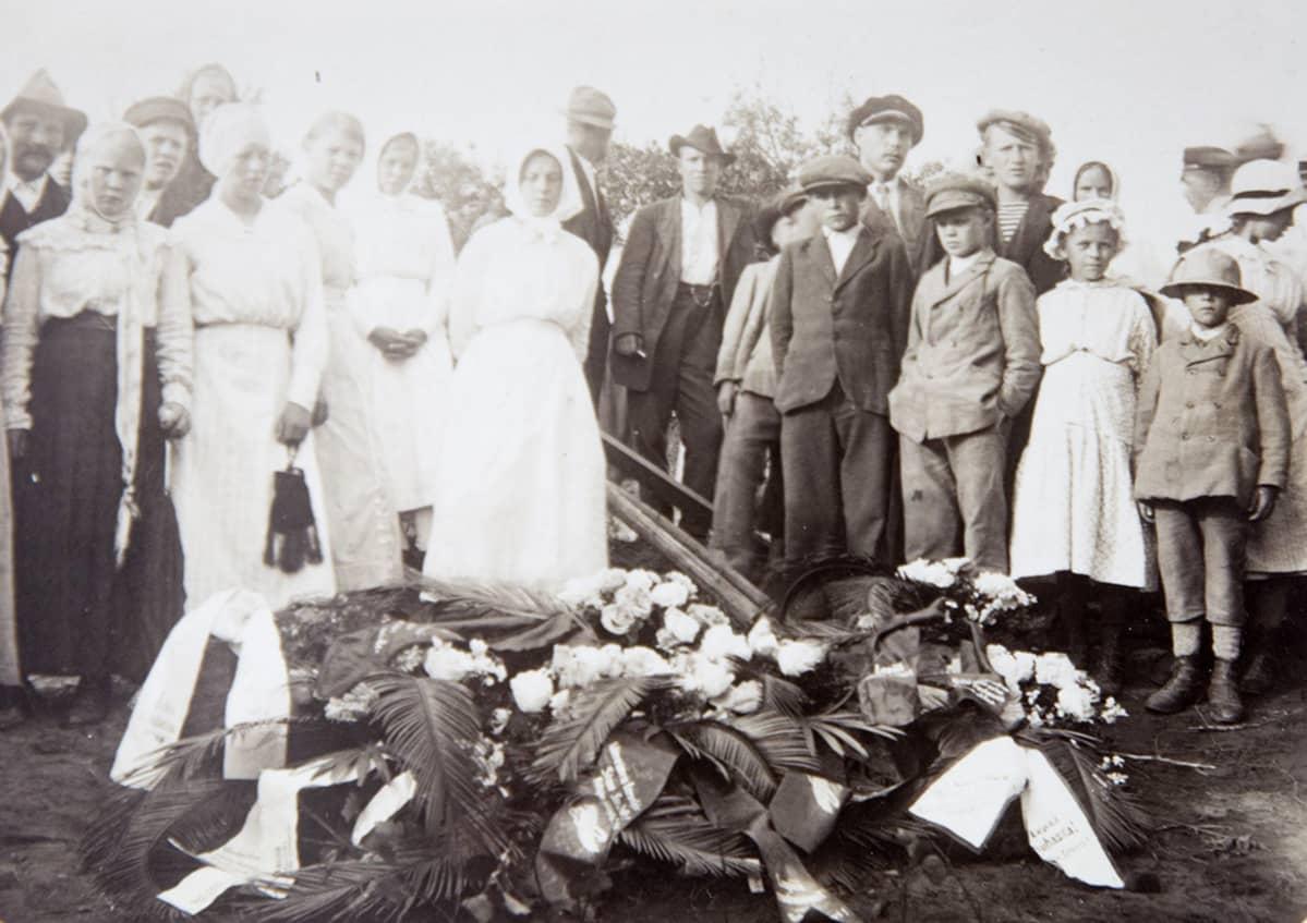 Simo Saarikon hautajaiset