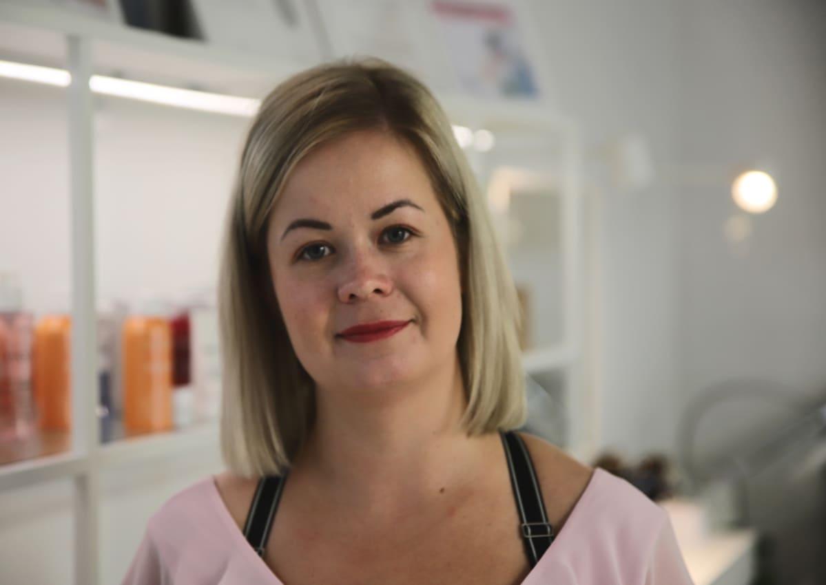 Kosmetologi Salla Vinho Eurasta.