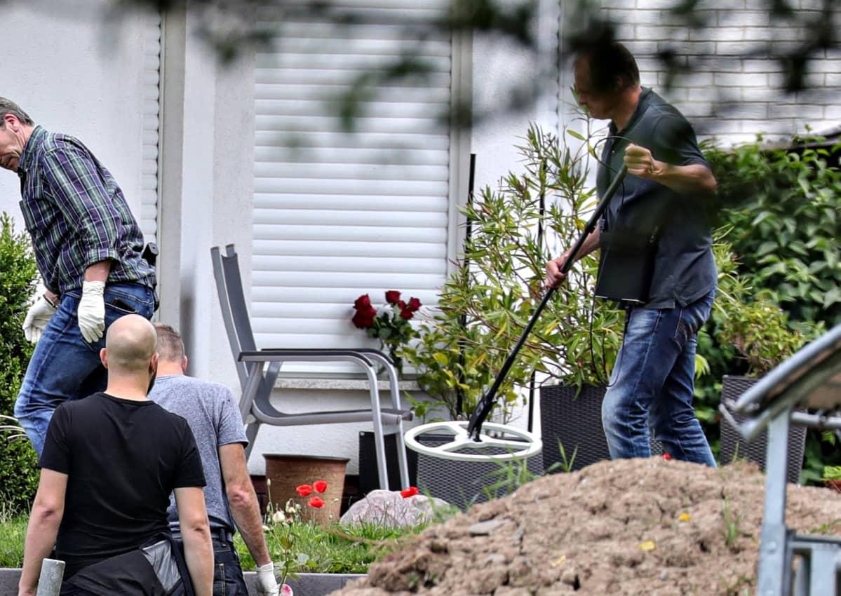 Poliisi tutkii rikospaikkaa 17. kesäkuuta 2019.