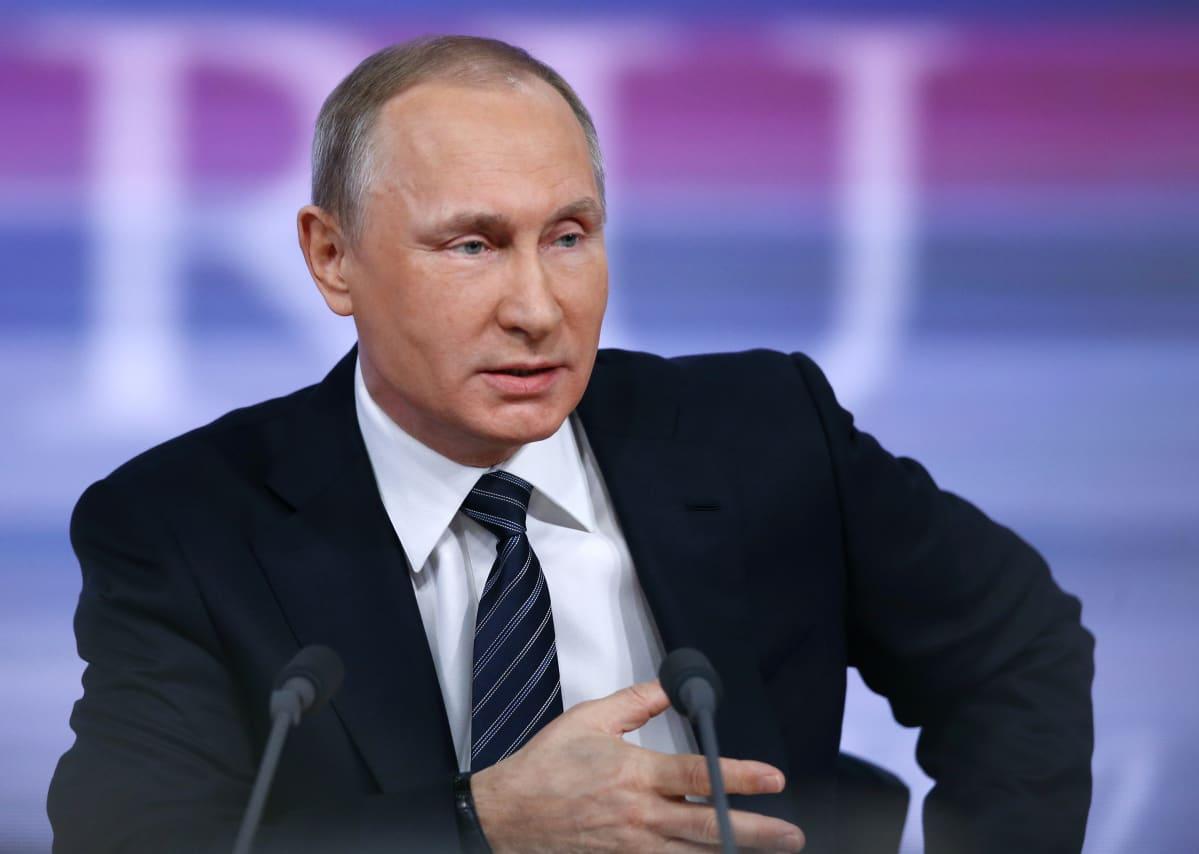 Putin vastasi toimittajien kysymyksiin vuosittaisessa lehdistötilaisuudessa Moskovassa.