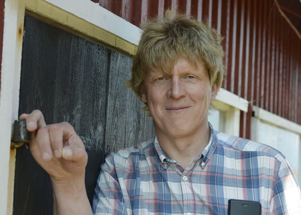 Tuulivoimalakonsultti Lindqvist.