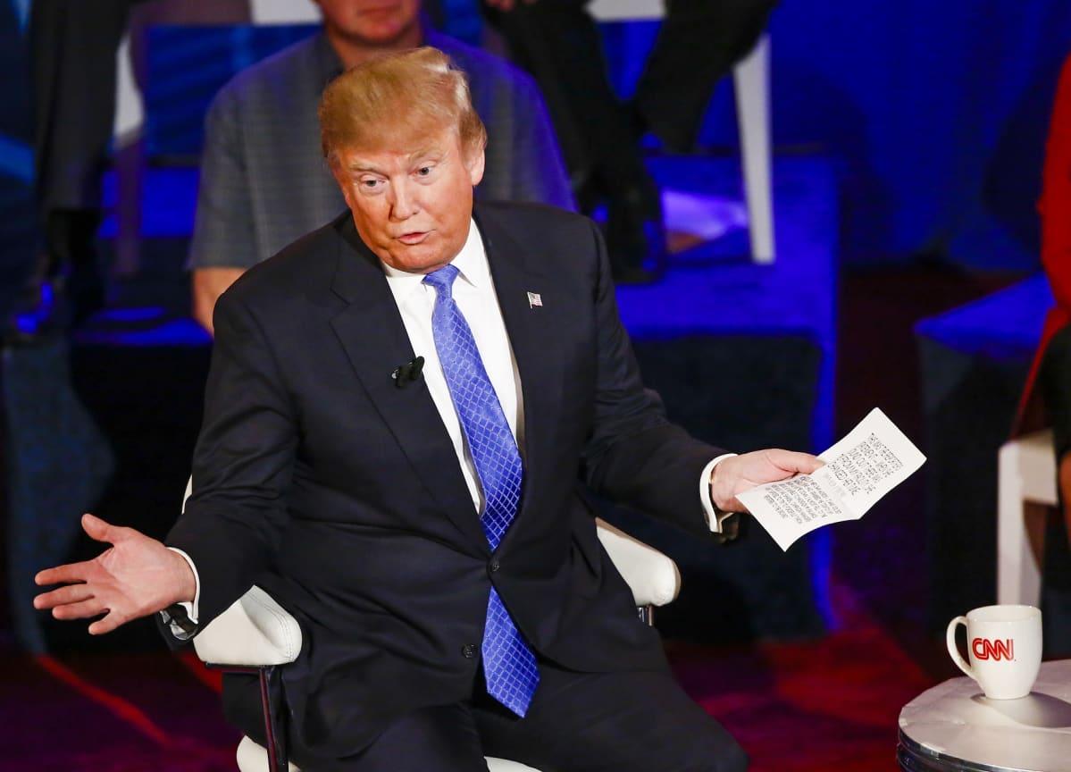 Liikemies Donald Trump republikaanien tilaisuudessa Milwaukeessa Wisconsinissa 29. päivä maaliskuuta
