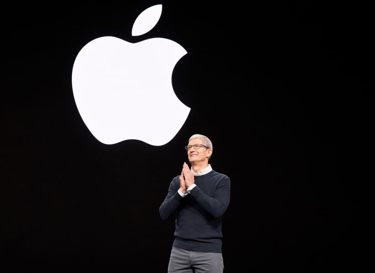 Applen toimitusjohtaja Tim Cook Apple TV Plus -palvelun julkistustilaisuudessa.
