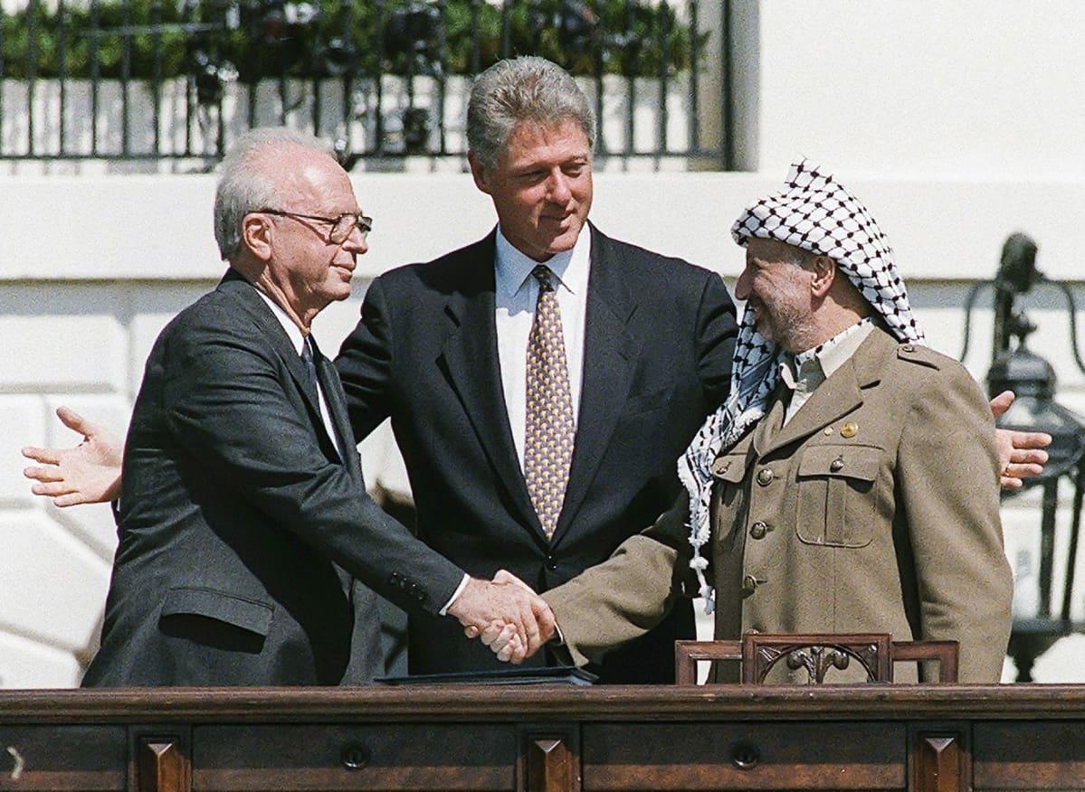 Jasser Arafat ja Israelin pääministeri Jitzhak Rabin.