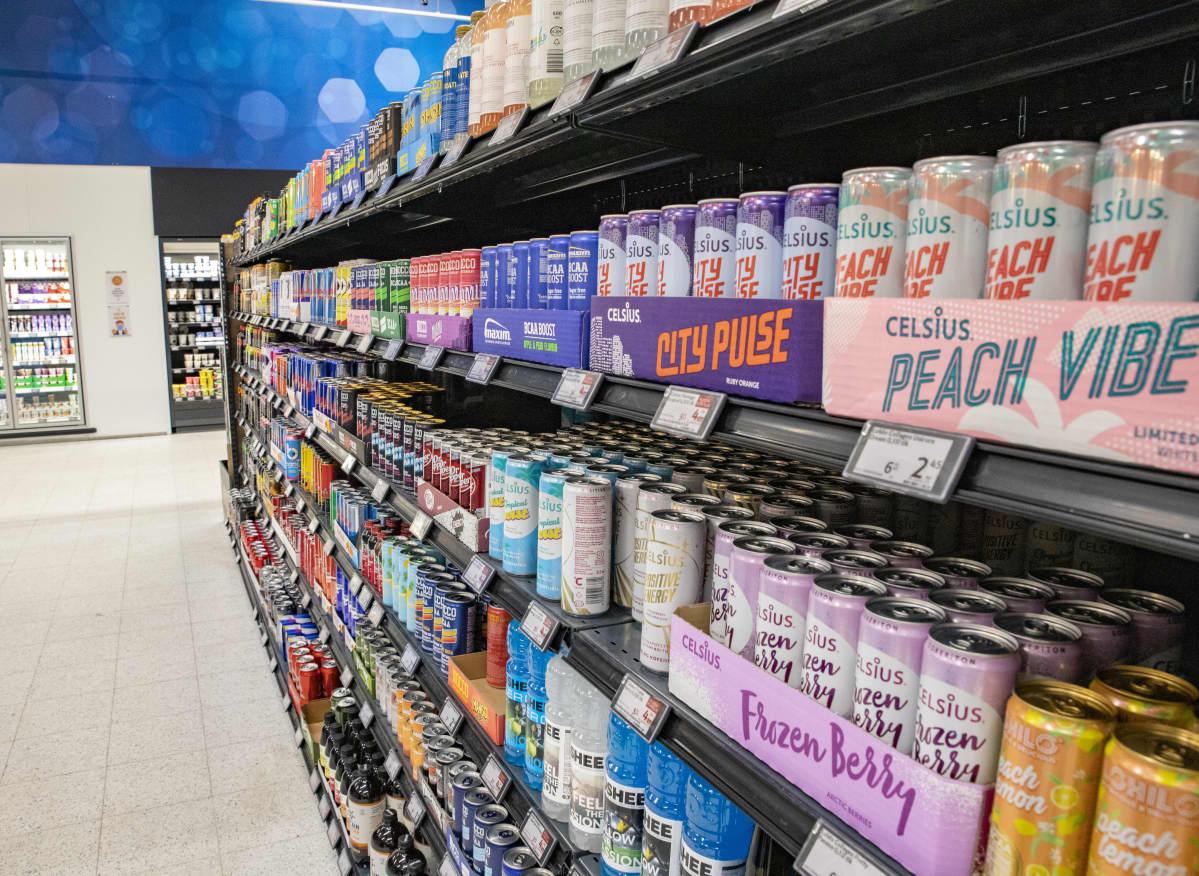 BCAA- ja energiajuomia Lappeenranna Citymarketin hyllyssä.