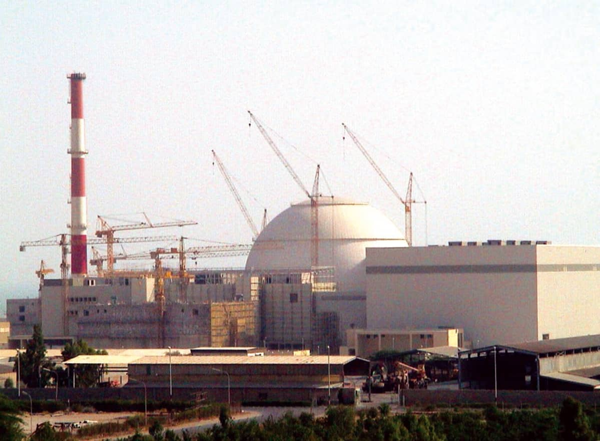 Bushehrin ydinvoimala Iranissa 2004