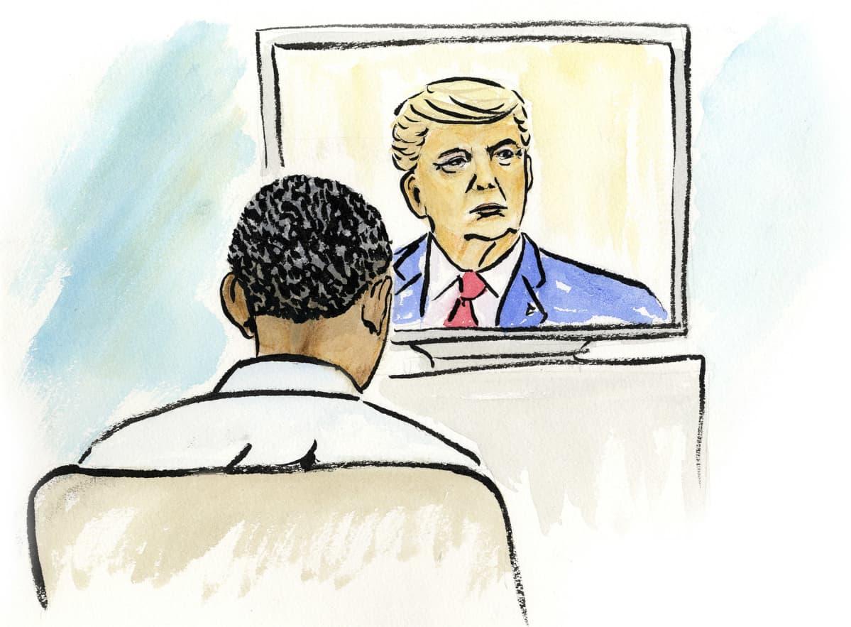 Barack Obama katsoo televisiosta kun Trump puhuu.