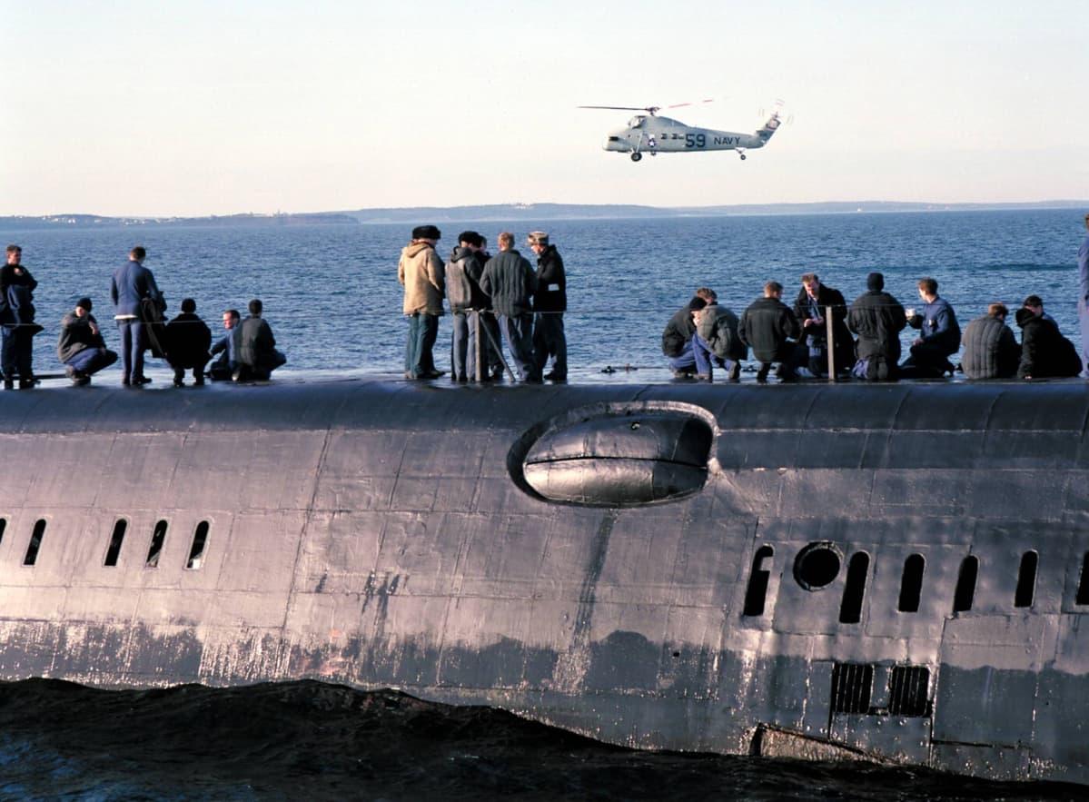 Kohtaus  elokuvasta K-19: The Widowmaker. Elokuvassa nähtiin Jari Komulaisen hankkima Neuvostoliittolainen sukellusvene.