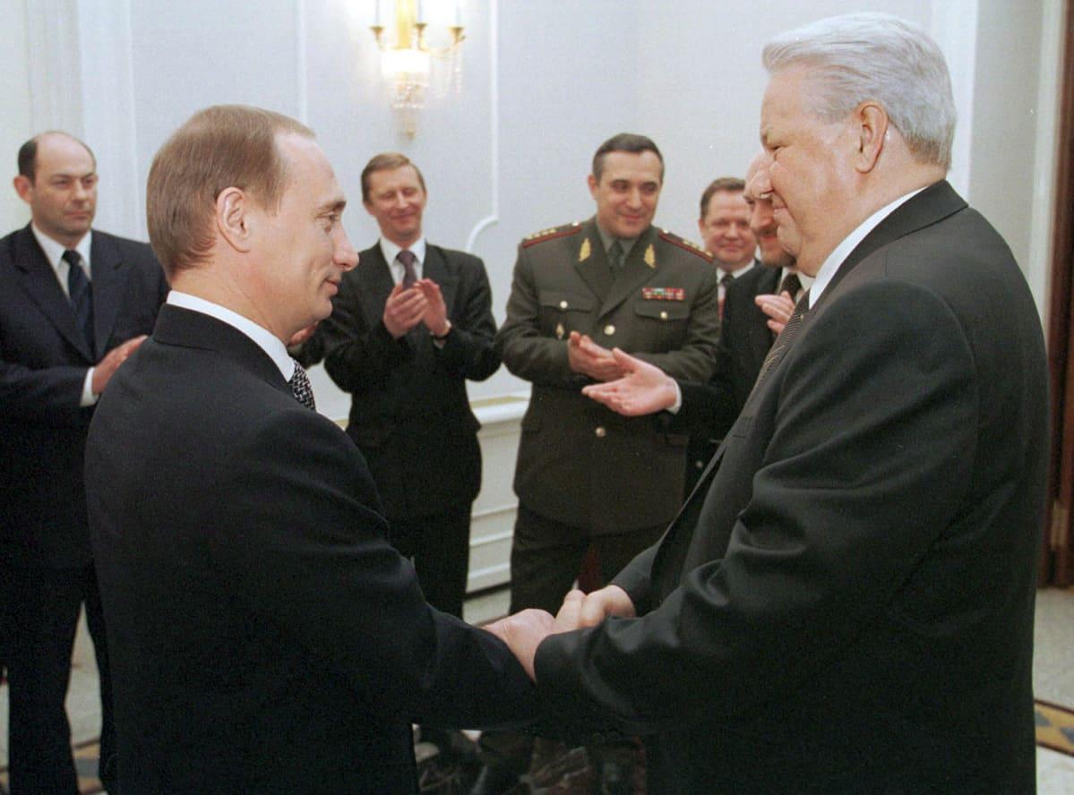 Vladimir Putin ja Boris Jeltsin.