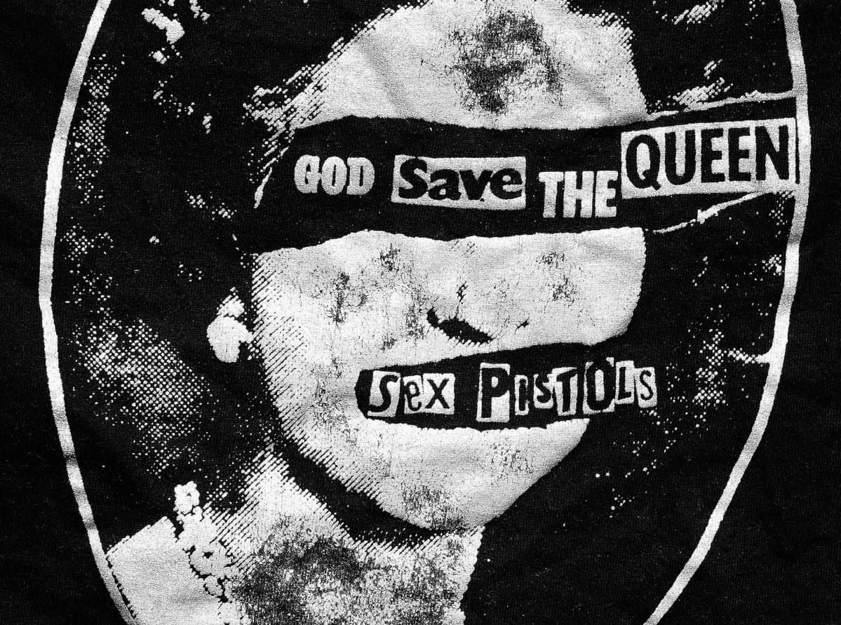 Sex Pistolsin God save the queen - singlen kansi vuodelta 1977.