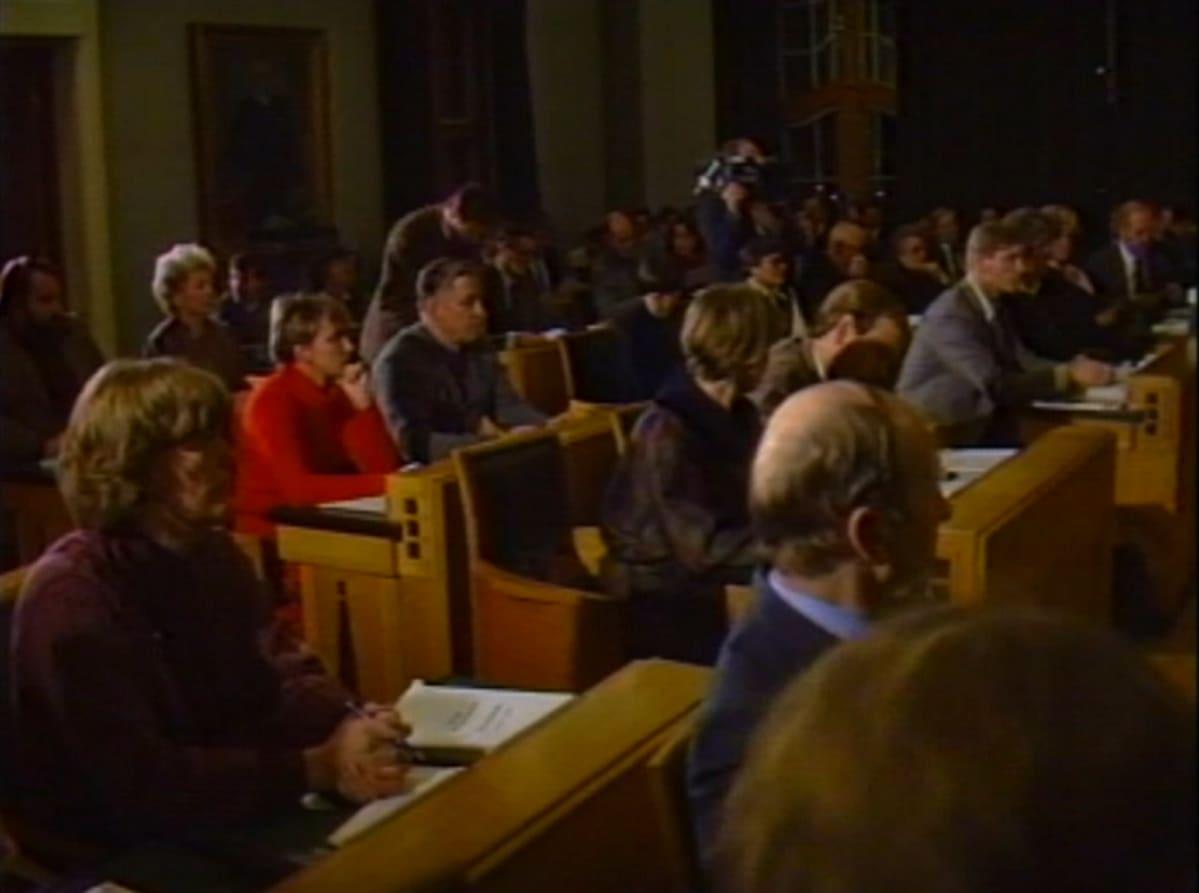 Mikkelin kaupunginvaltuusto sai ratkaistavakseen joulukuussa 1984 Kalevankankaan kohtalon.