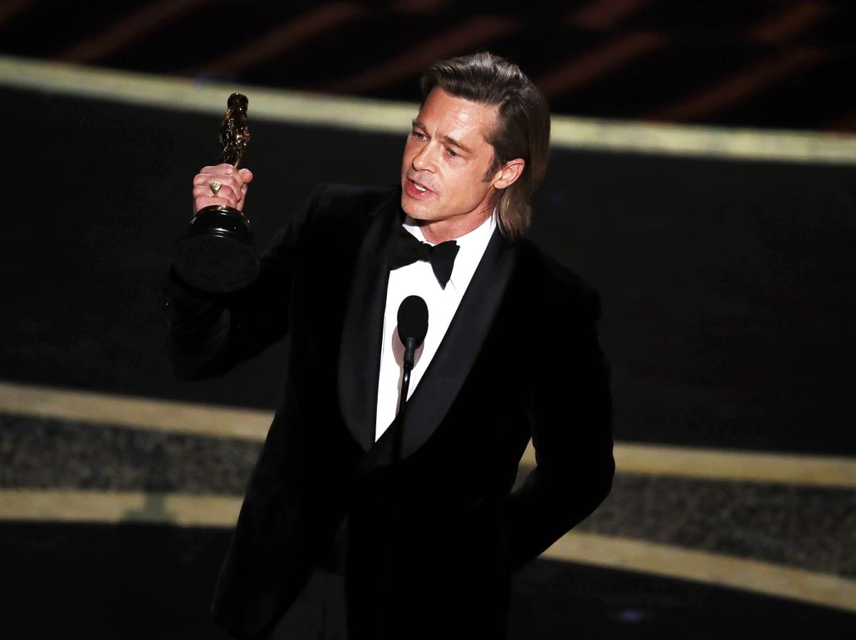 Oscarin parhaasta miessivuosasta sai Brad Pitt roolistaan elokuvassa Once Upon a Time in Hollywood.