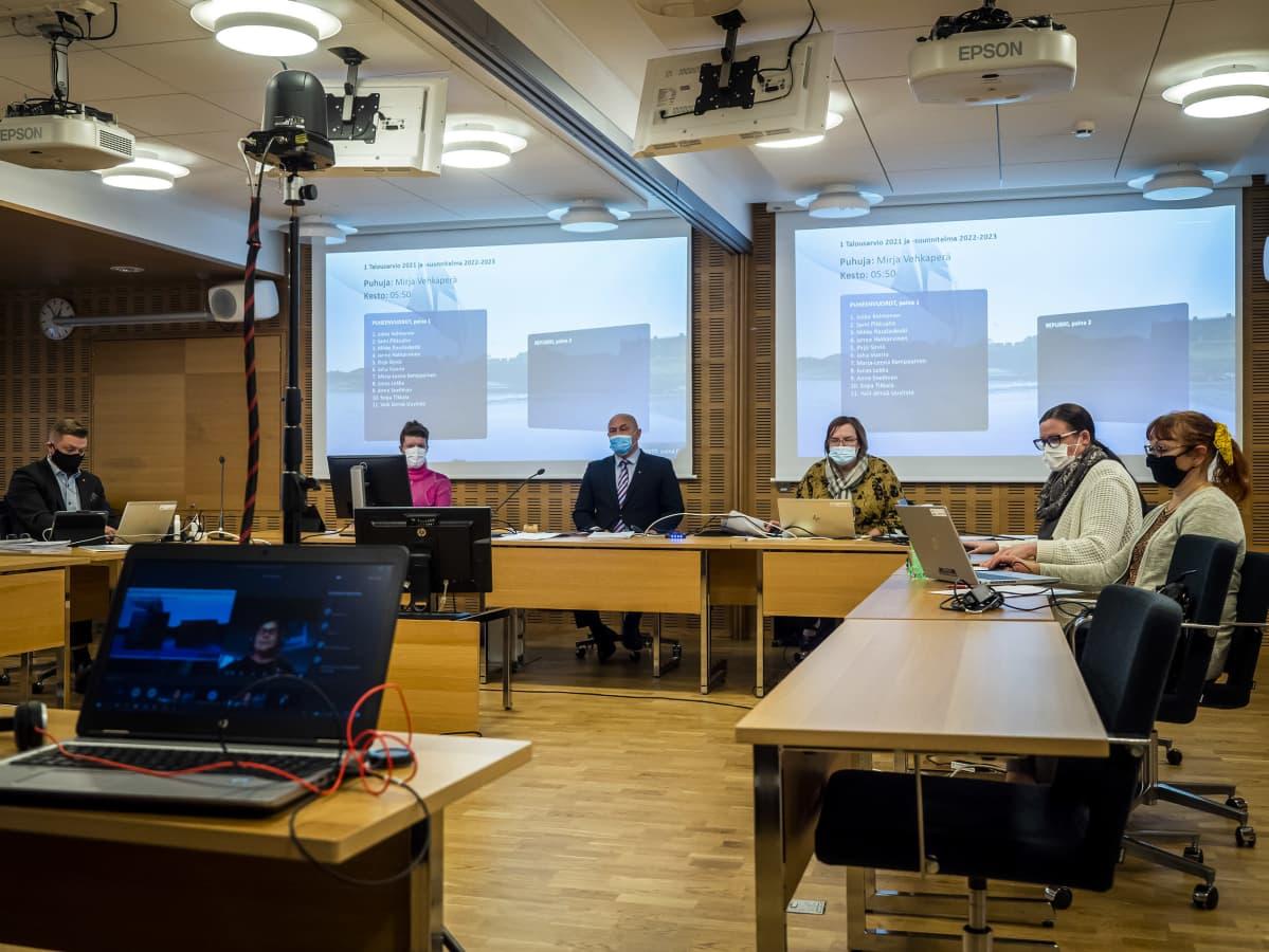 Oulun kaupunginvaltuuston kokous