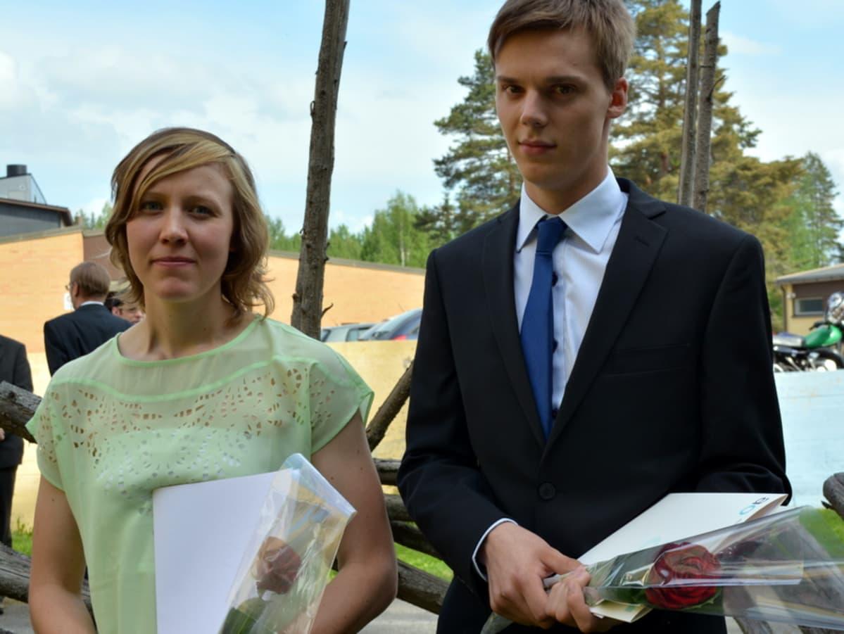 Eeva-Liisa Hakala ja Oskari Huttunen.