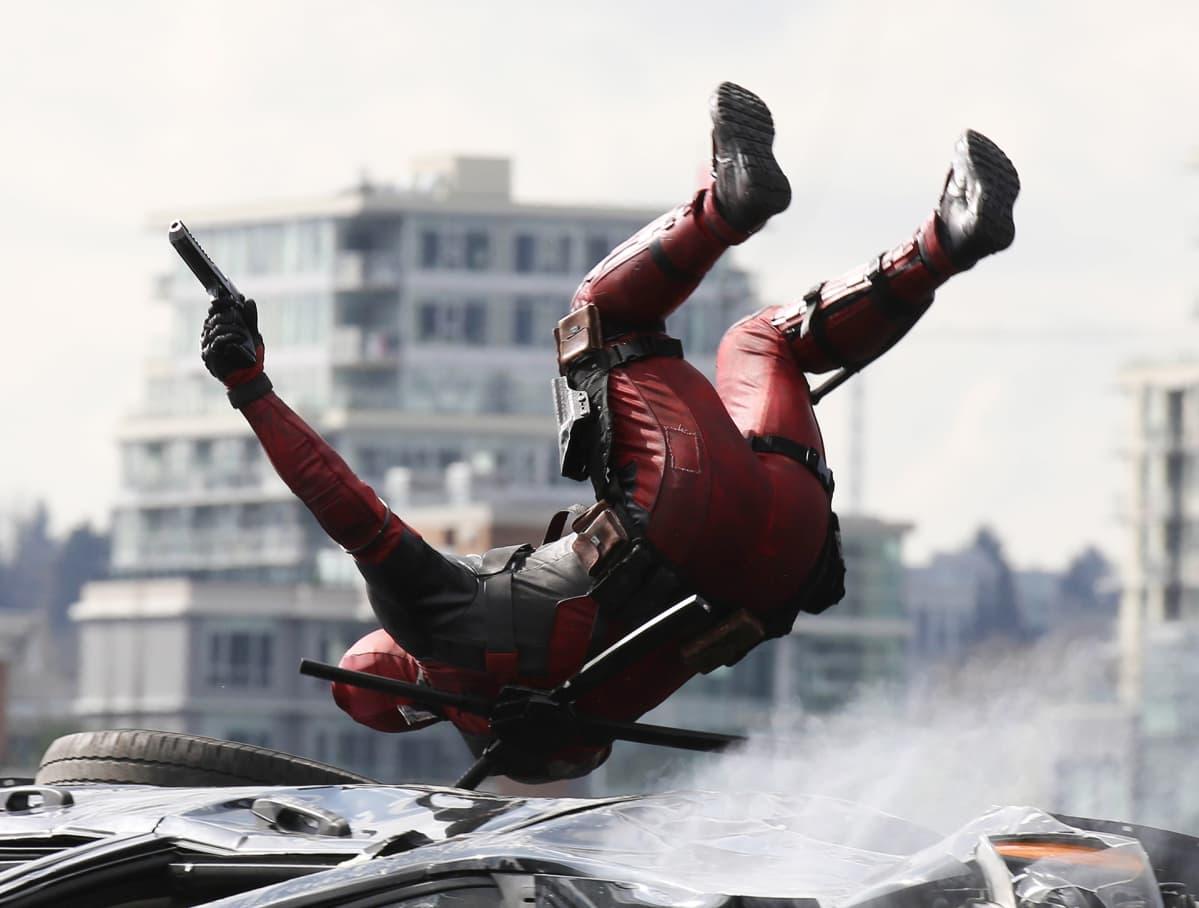 Ryan Reynolds Deadpool- elokuvassa.