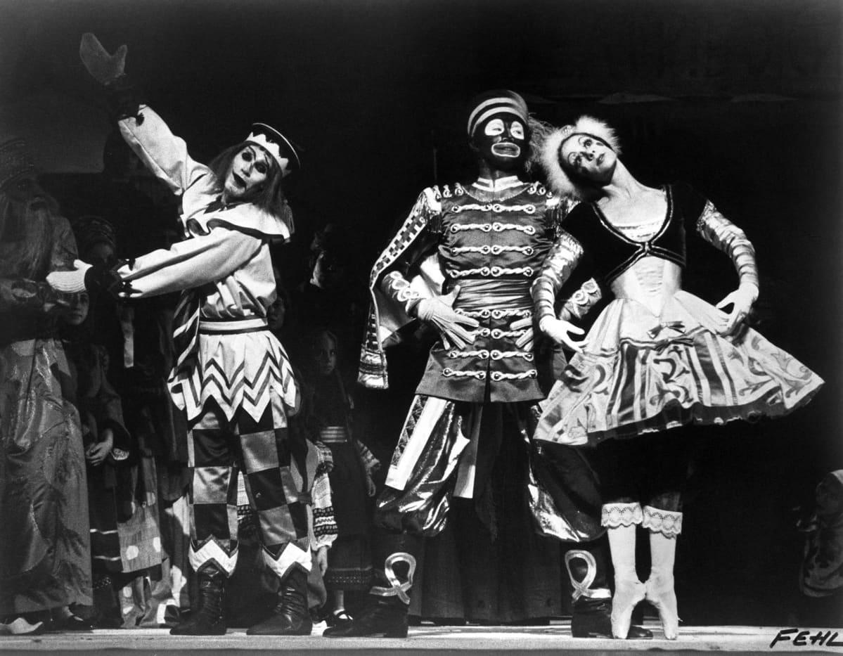 Stravinsky-Fokine: Petrushka-baletti  Amarican Ballet Theatre