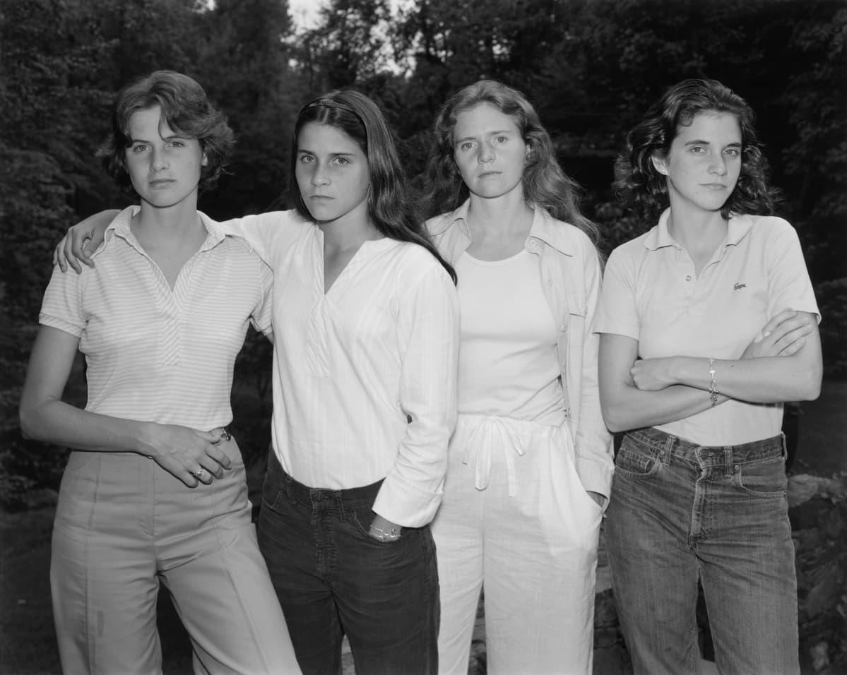 neljä sisarusta