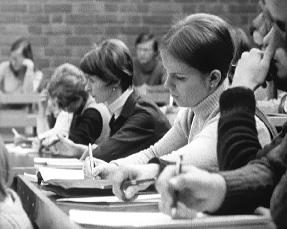 yliopistoluento 1969