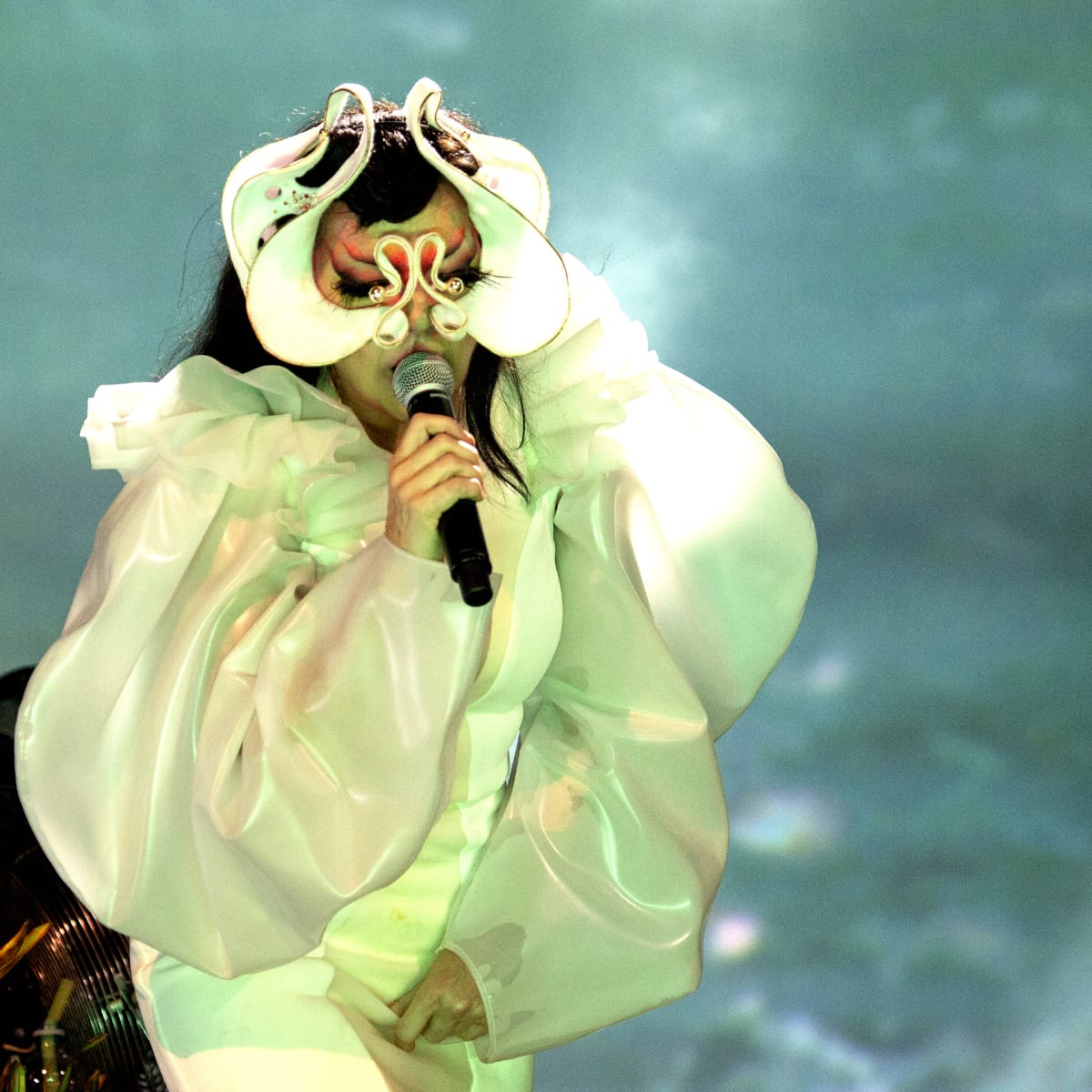Björk esiintyi Finlandia-talossa 17. heinäkuuta.