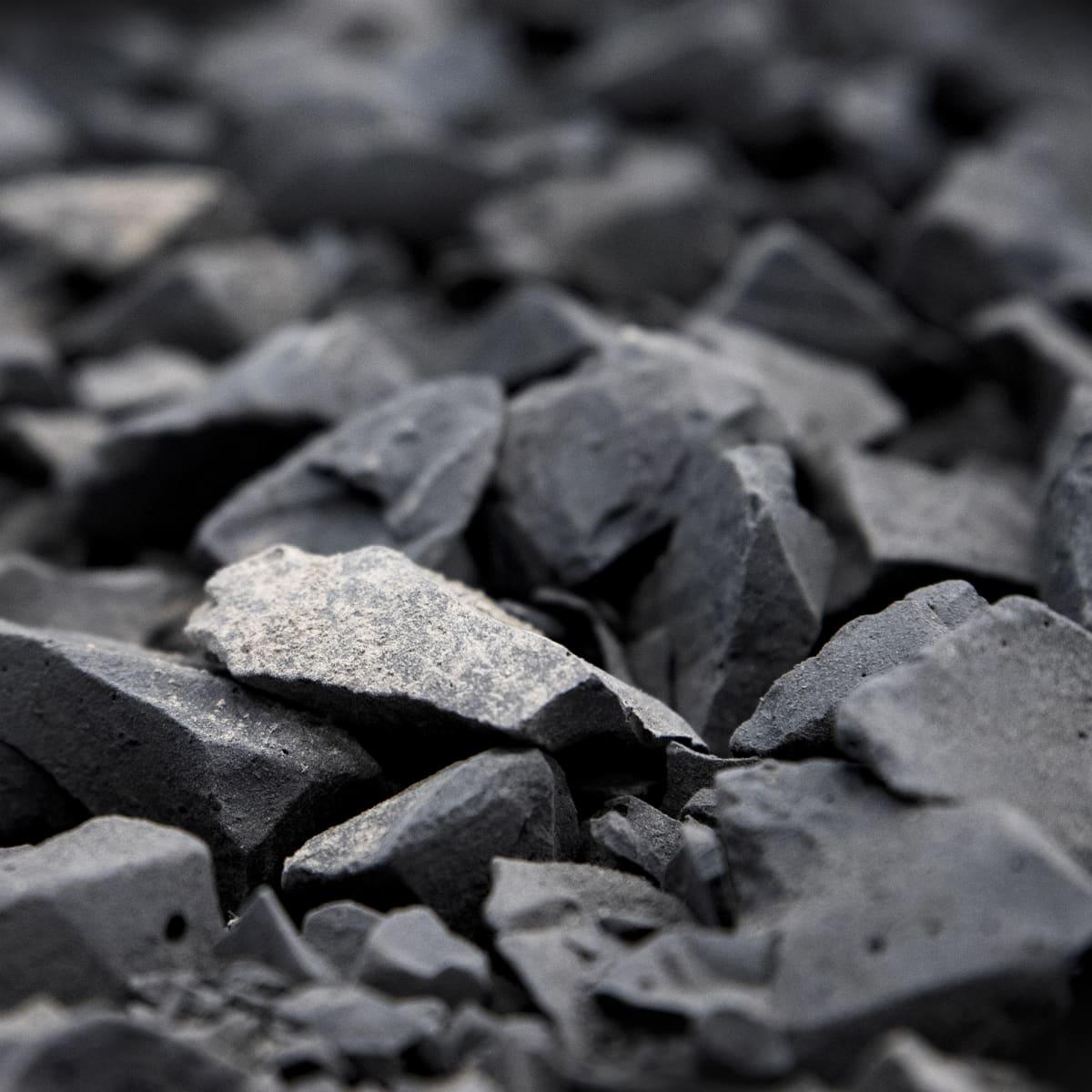 Teollisuuden jätteestä valmistettua biomursketta.
