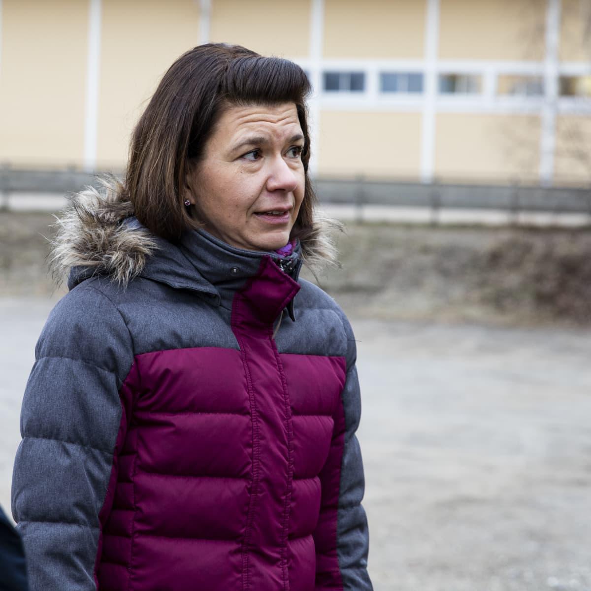 Vehkataipaleen koulun apulaisrehtori Marjo-Riitta Toivari.