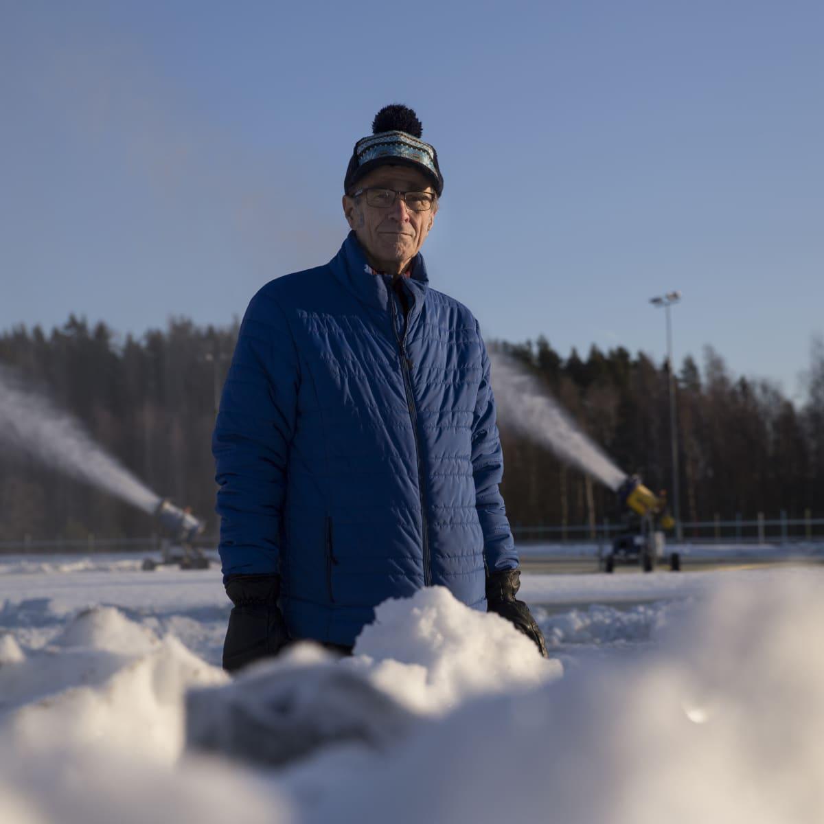Seppo Räty, Vantaan hiihtoseuran kunniapuheenjohtaja.