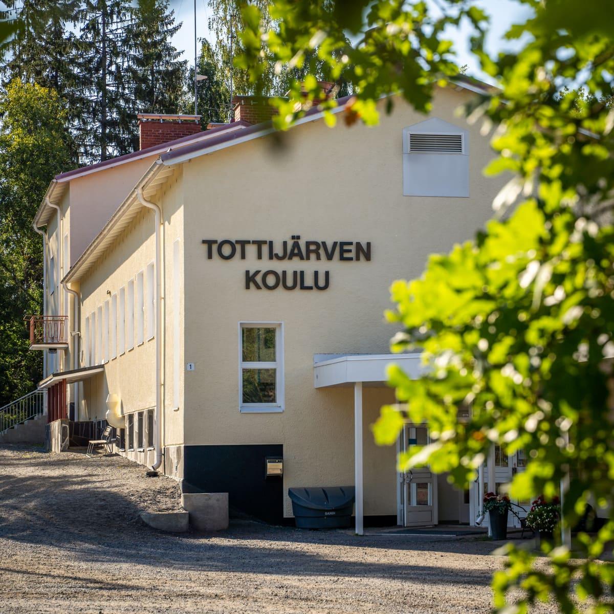 Tottijärven koulu Nokialla.