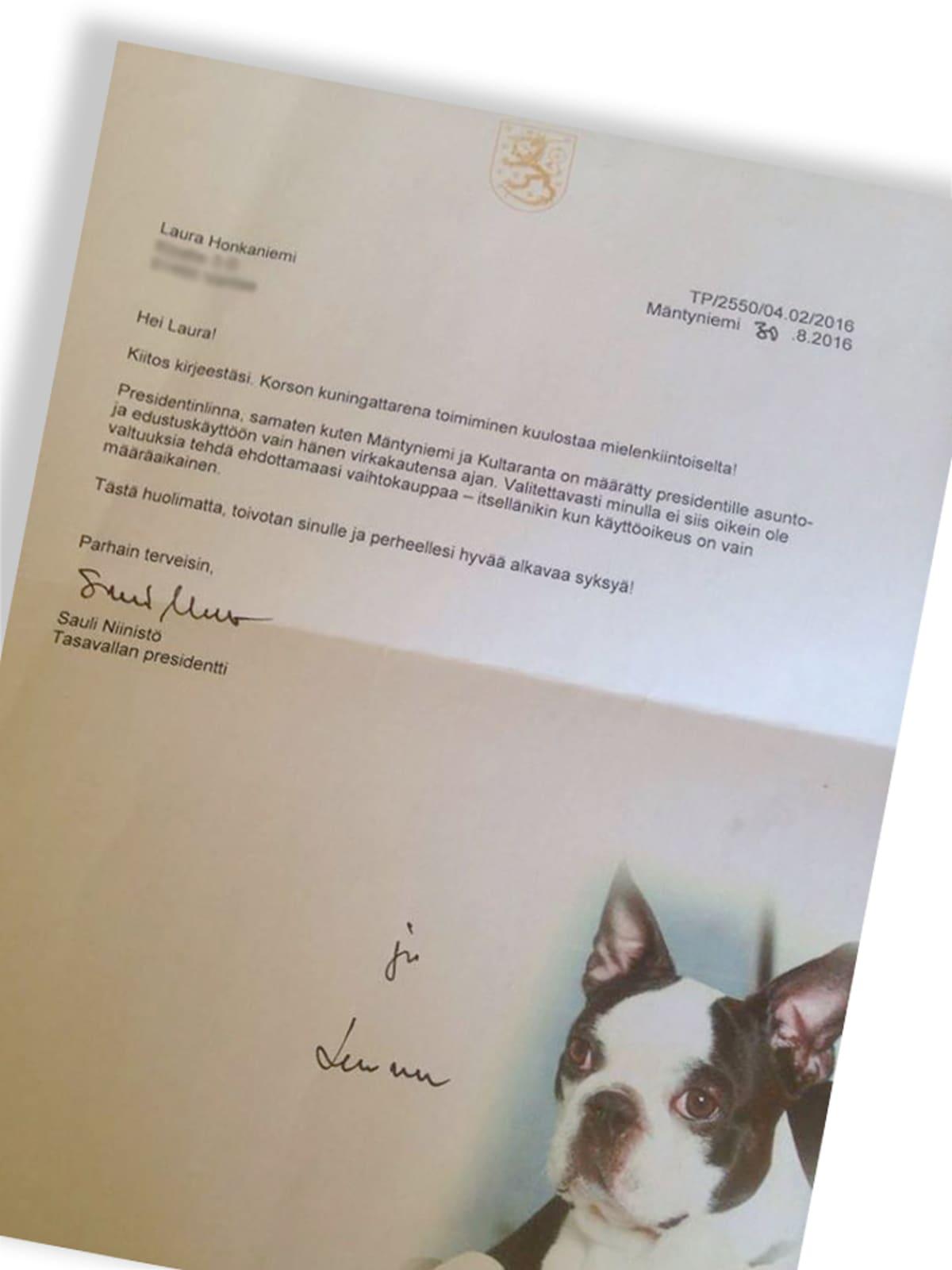 Presidentin vastaus Lauran tarjoukseen vaihtaa asuntoja.