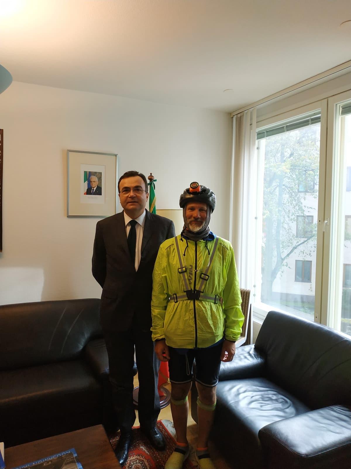 Cesare Fanelli  suurlähettilään kanssa