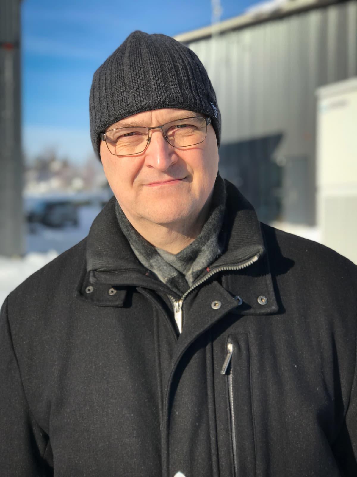 Pertti Järventausta, sähkövoimatekniikan professori, Tampereen yliopisto
