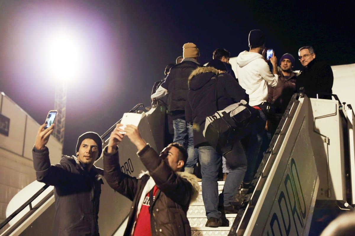 Ensimmäiset  palautettavat turvapaikanhakijat