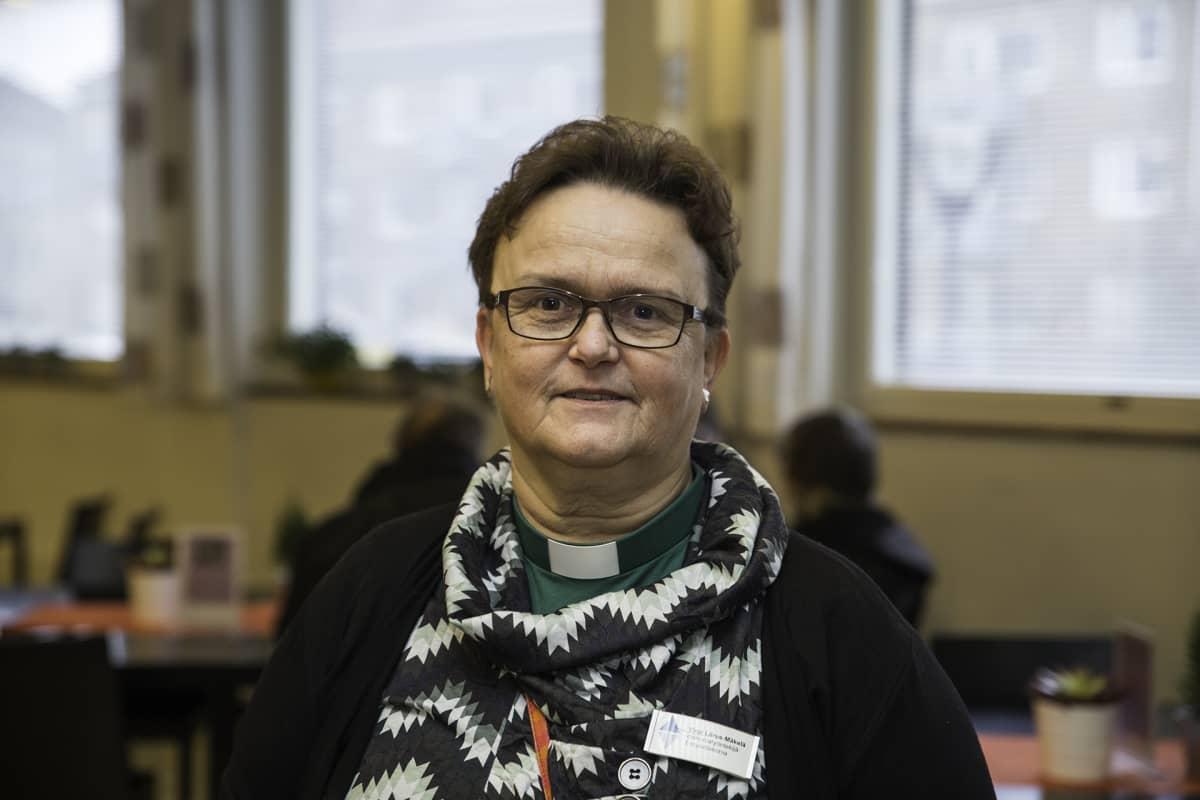 Helsingin seurakuntien diakoniatyöntekijä, työnohjaaja, Virpi Liirus-Mäkelä
