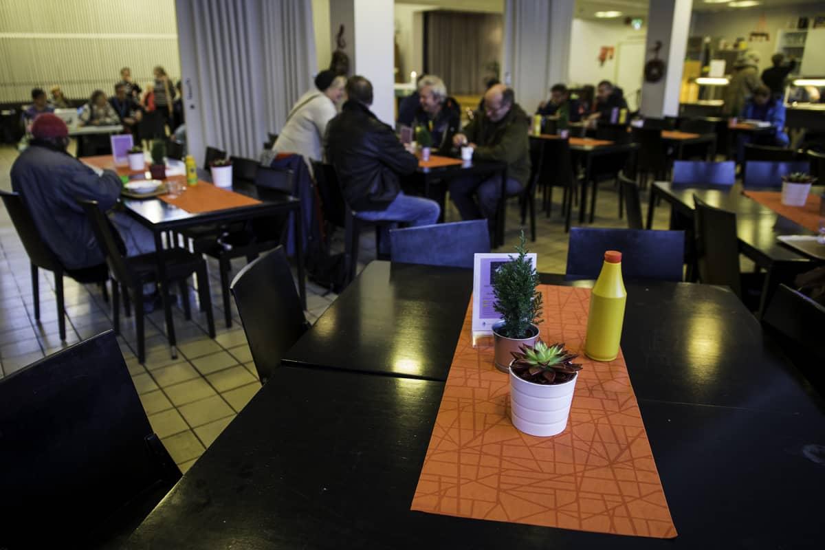 Hermannin diakoniatalon ruokasali