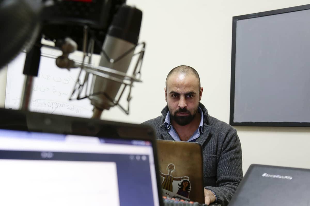 Mohamad Rabah valmistautui tulevaan larppiin palestiinalaiskaupunki Ramallahissa.