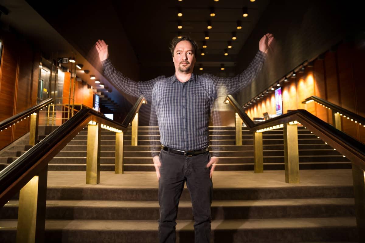Paavo Westerberg ohjaa ensimmäistä kertaa Helsingin Kaupunginteatterissa.