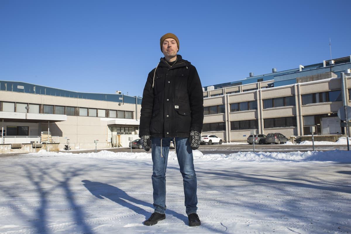 Yliopiston lehtori Rami Ratvio on opiskelijaryhmän kanssa kehitellyt uutta käyttöä myös Espoon Keran toimistokolosseihin