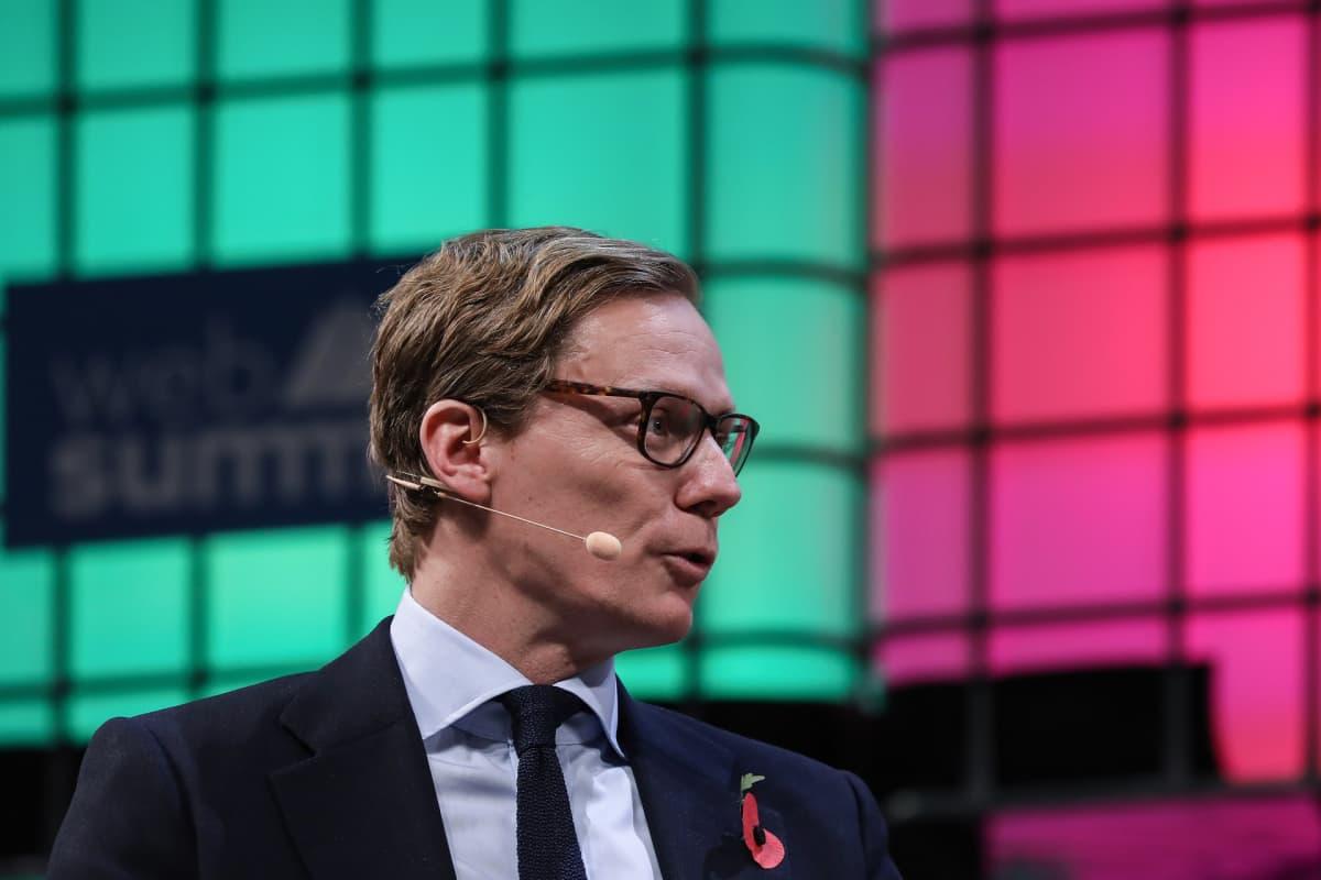 Cambridge Analytica -yhtiön toimitusjohtaja Alexander Nix.