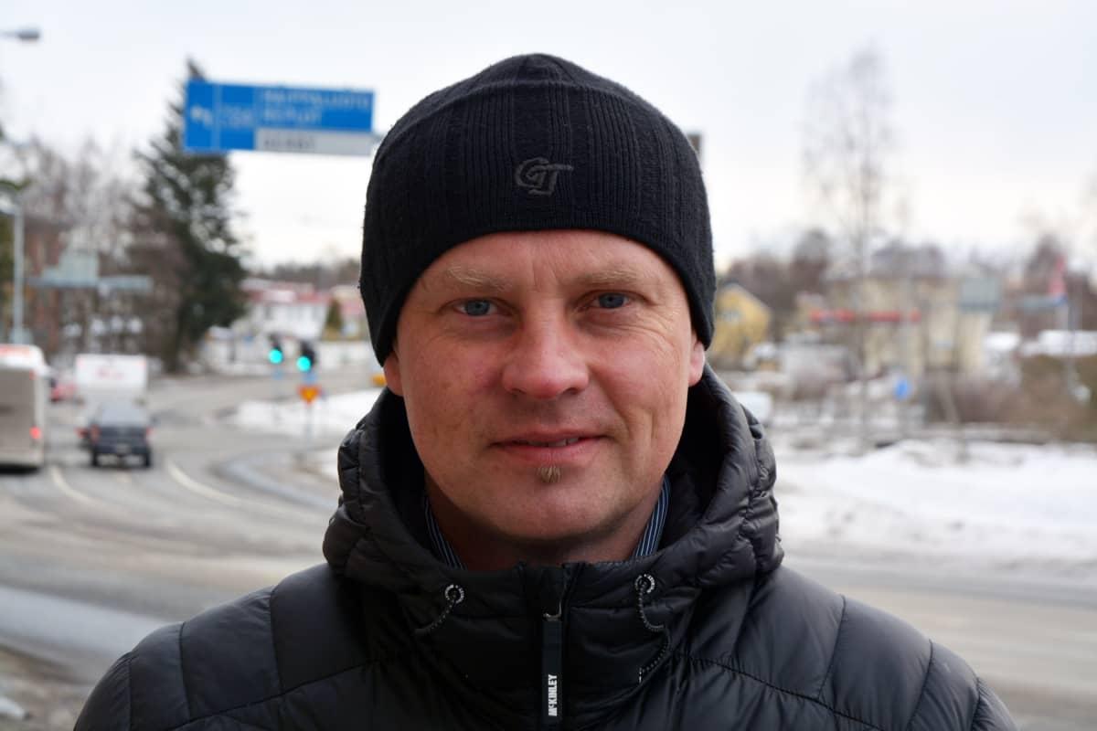 Ely-keskuksen projektipäällikkö Janne Ponsimaa.