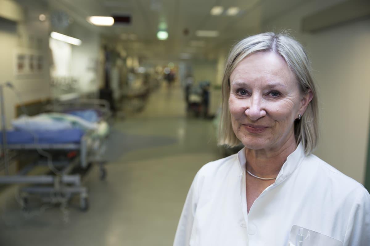 Sinikka Münte, linjajohtaja, anestesia/teho-osasto.
