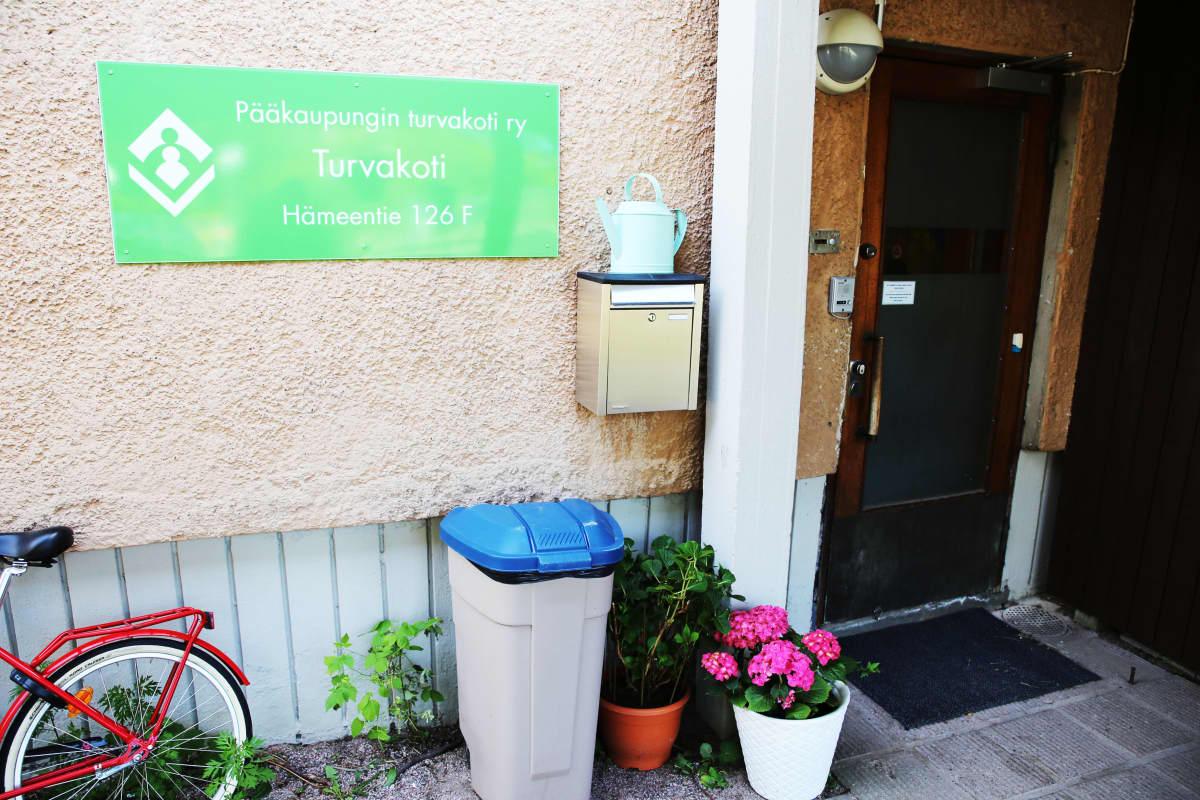 Pääkaupungin turvakoti ry:n turvakoti Toukola Helsingissä.