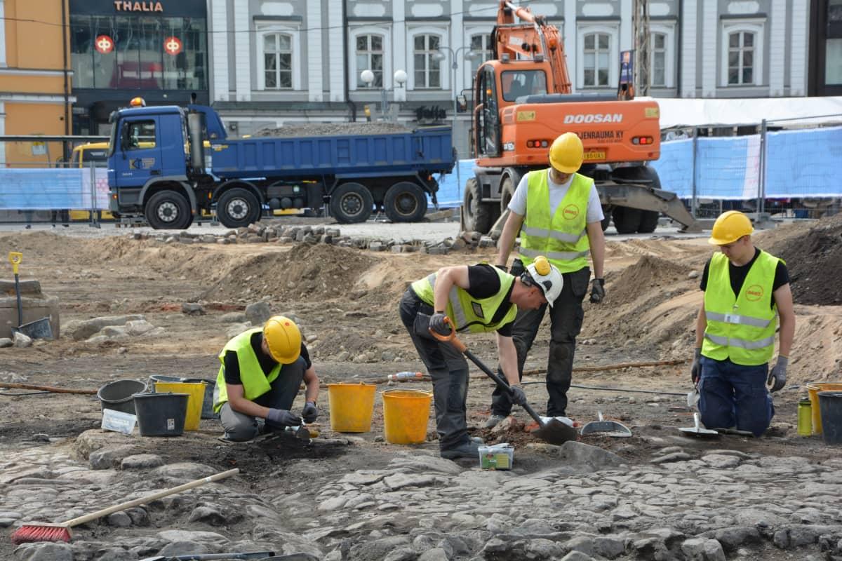 Turun kauppatorin kaivaukset, kesä 2018