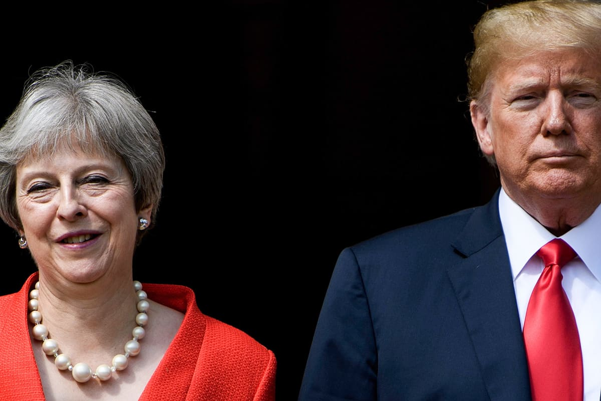 Donald John ja Trump Theresa May