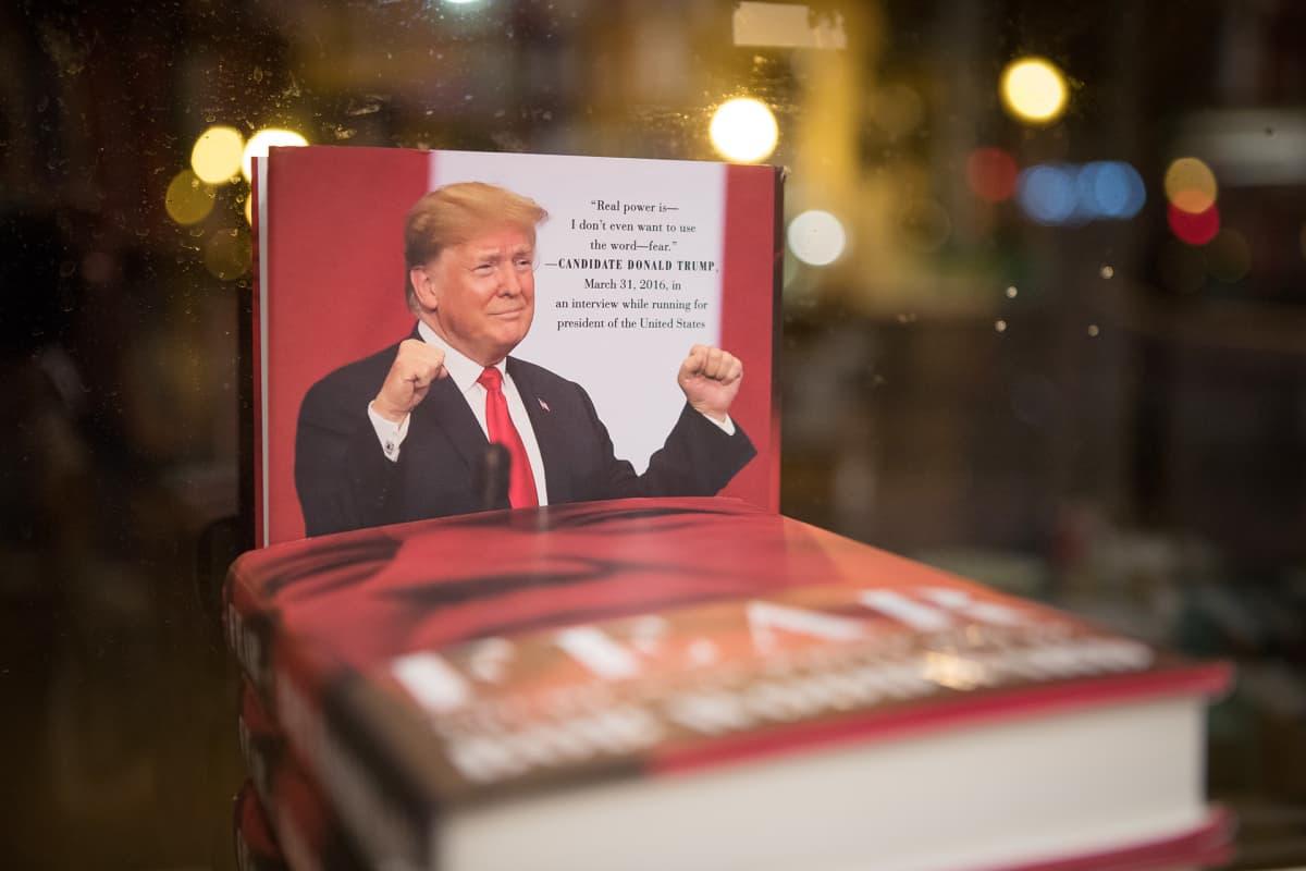 Fear-niminen paljastuskirja kertoo Trumpin hallinnosta.