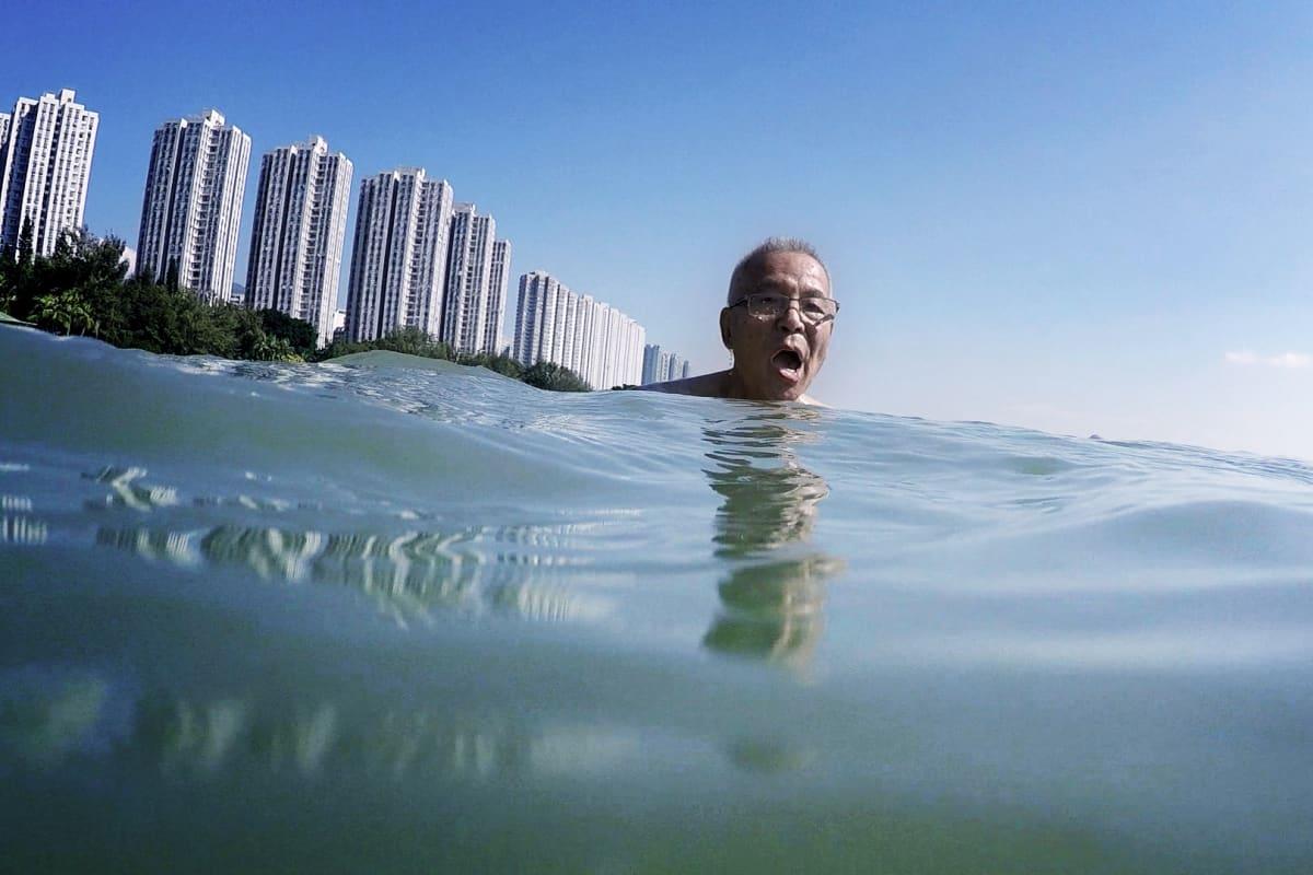 Hong pitää yhä uimisesta.