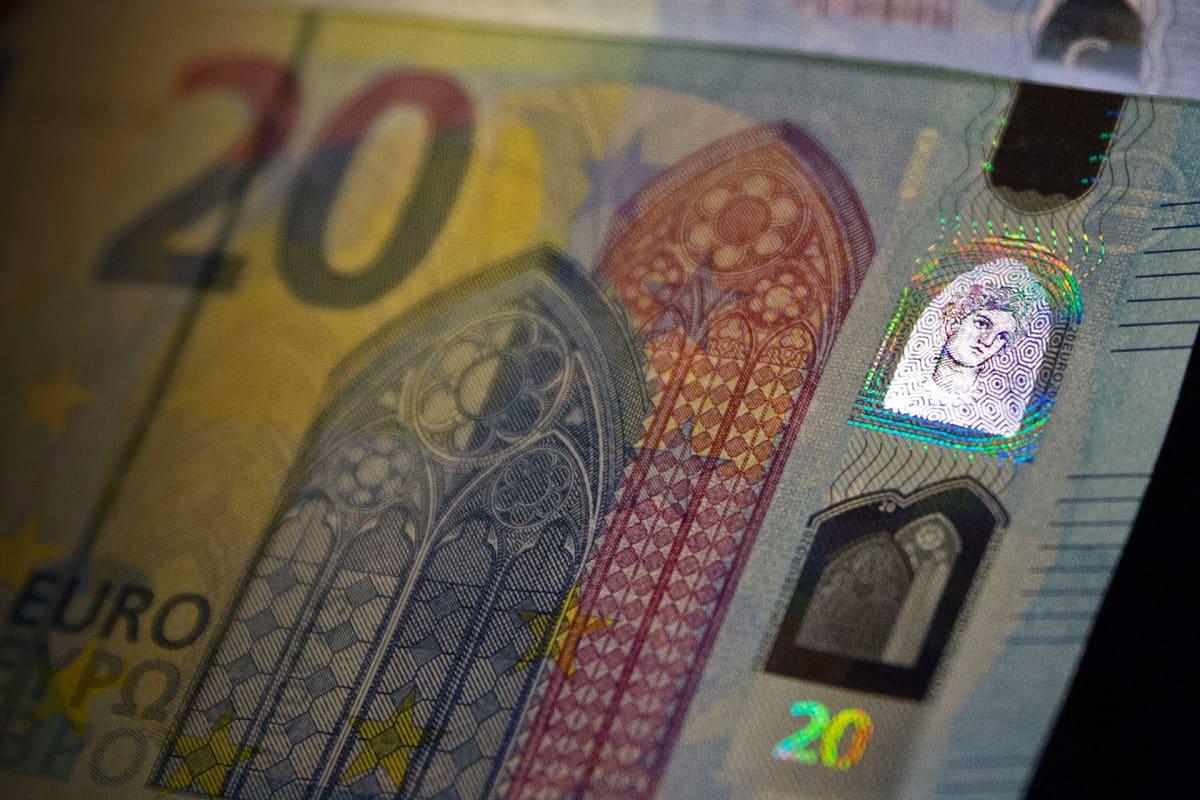 20 euron uusi hologrammi.