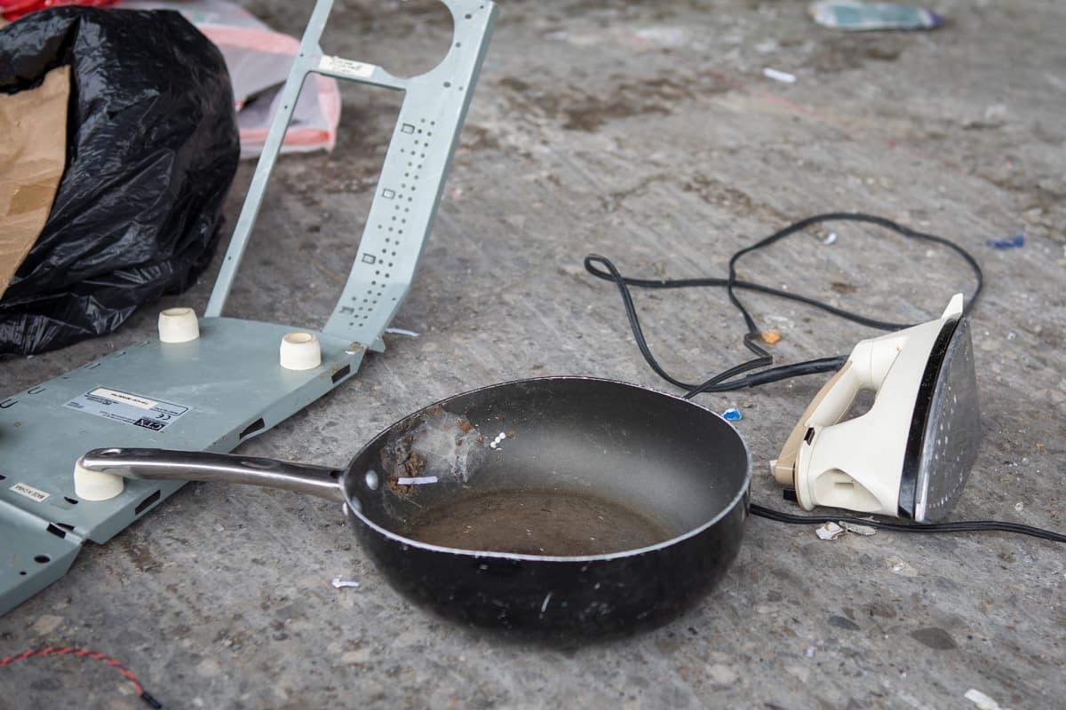 Yhdysvaltalaisten kierrätysjäteastioissa jopa neljännes on sinne kuulumatonta tavaraa tai roskaa, kuten sähkölaitteita.