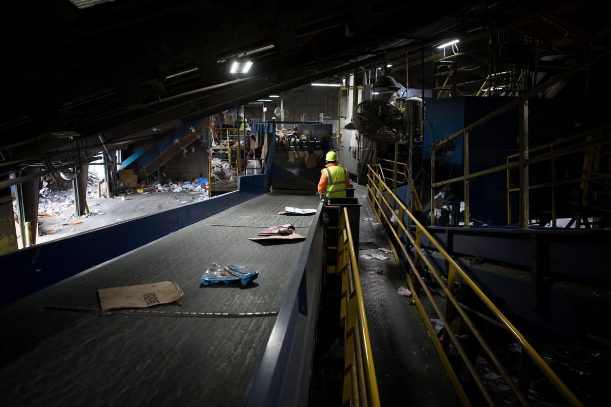 Mid America Recycling -kierrätysjäteyhtiötä johtavan Mick Barryn mukaan Kiinalla oli oikeus sanoa, että yhdysvaltalaiset olivat huolimattomia kierrättäjiä.