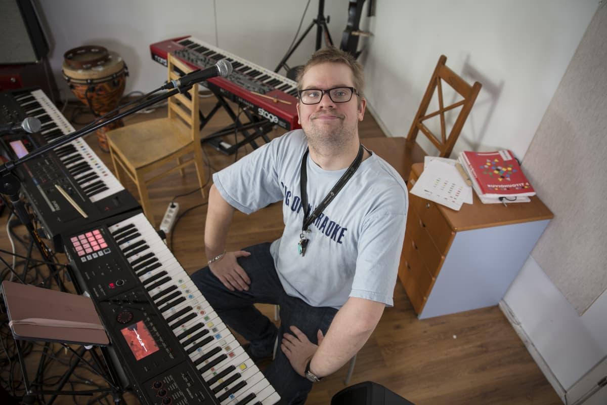 Resonaarigroup, Jaakko Lahtinen, kehitysvammainen