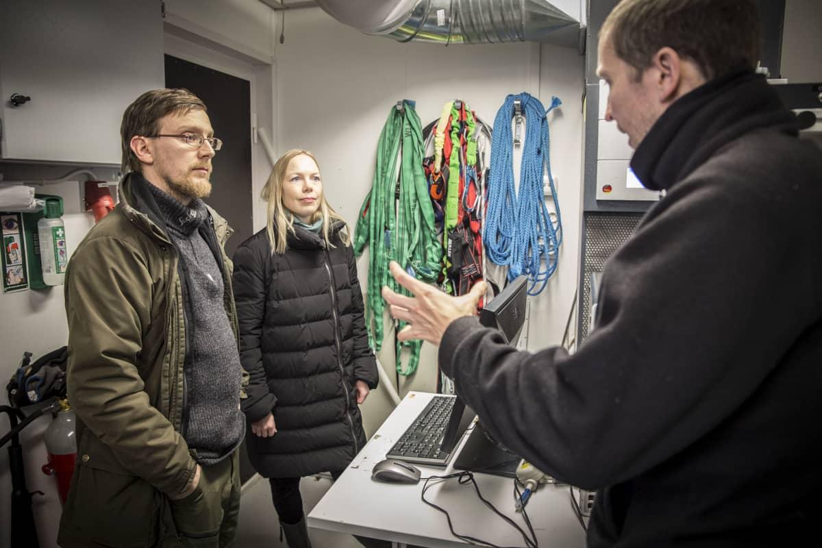 Juho Aalto, Josefina Nelimarkka, Joni Kujansuu, Hyytiälän metsäasema