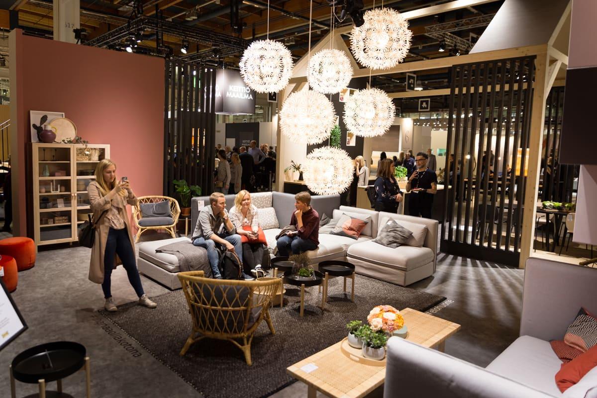 Ikea Aikoo Laajentaa Huonekalujen Vuokrausta Taustalla